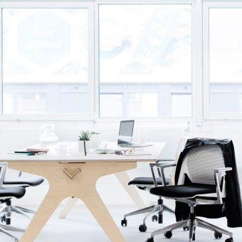 modern eco-friendly office furniture